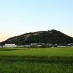 讃岐平野の異空間・由良山