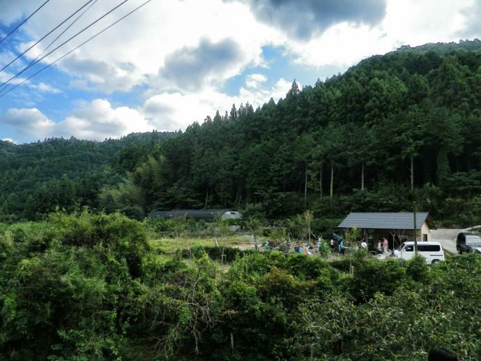 県庁所在地である徳島市から20分ほどでこの景色