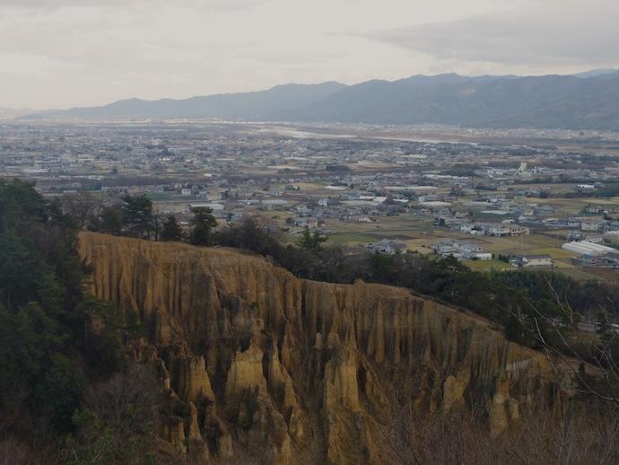 遠くに望むは吉野川