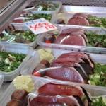 須崎市民の胃袋を満たす老舗の魚屋「小松魚店」