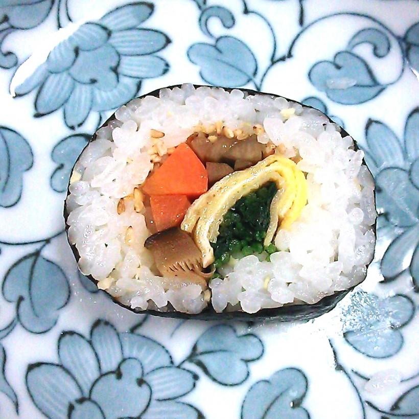 谷岡食堂 巻き寿司