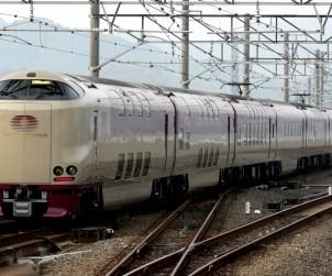wikipediaー瀬戸(列車)より