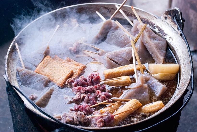 猪肉を投入したばかりの鍋